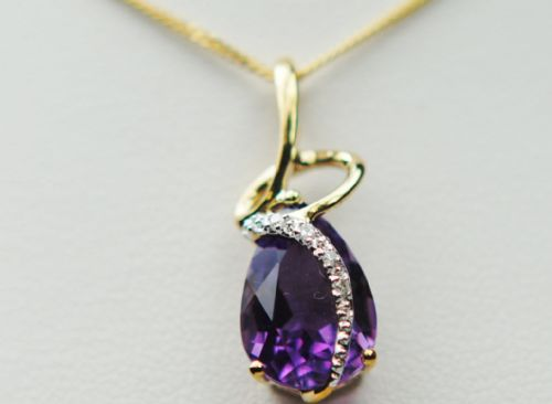 Amethyst And Diamond 9 Carat Yellow Gold necklace GP670M